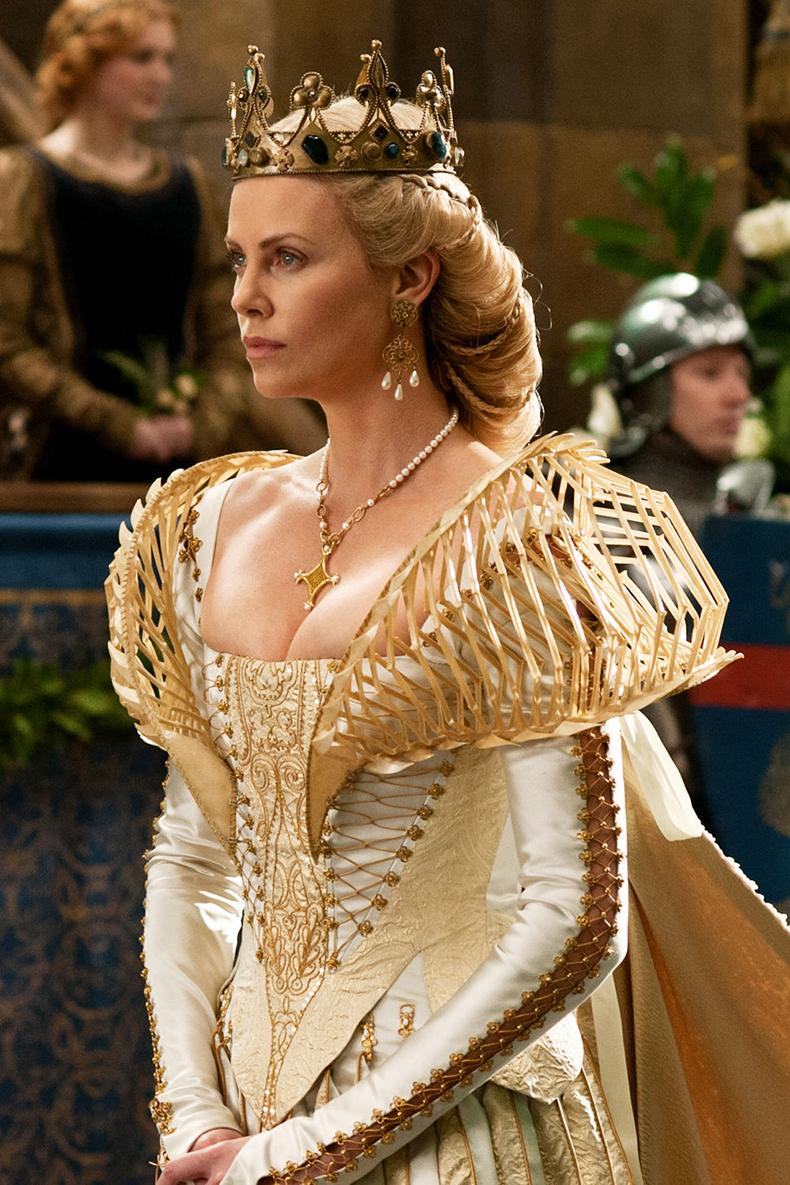 Актрисы, которым идут исторические прически