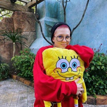 Дочь Глюкозы намерена разобраться с корейской группой Tiny Tun