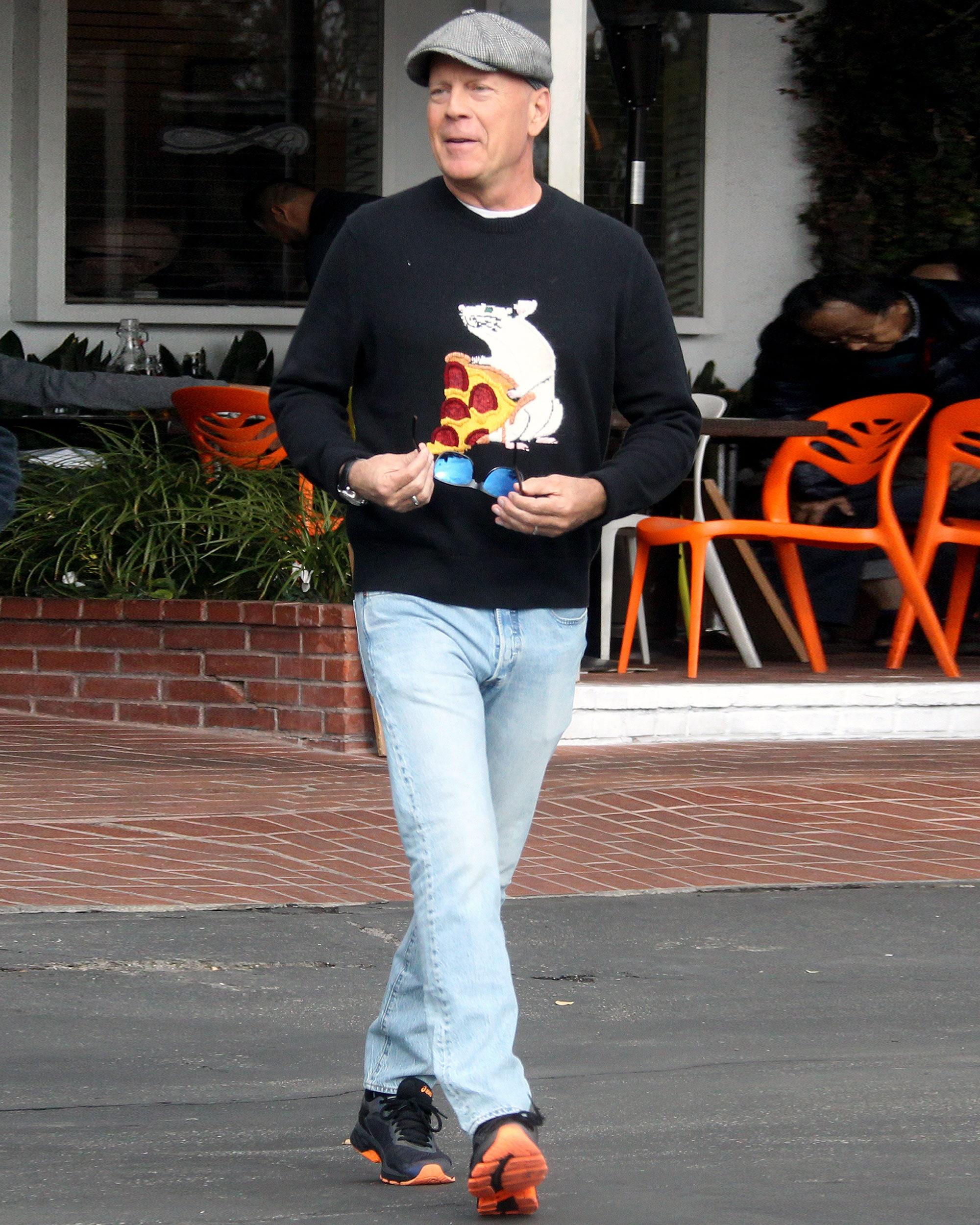 Брюса Уиллиса отказался обслуживать продавец в Лос-Анджелесе