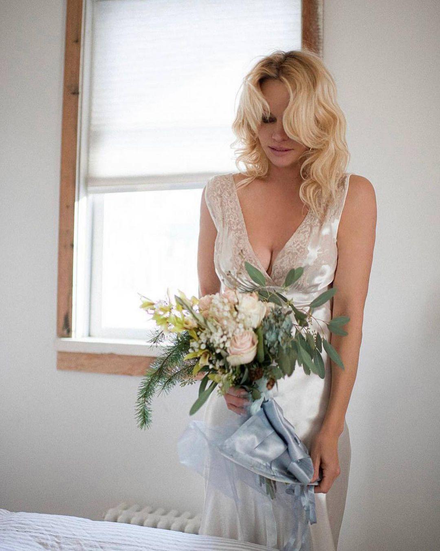 Памела Андерсон теперь замужем и счастлива