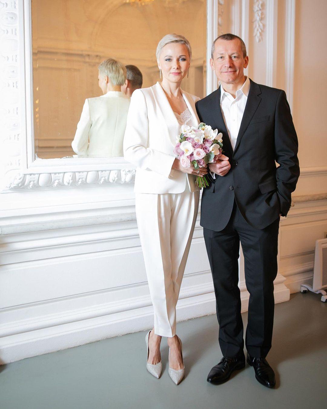 Дарья Повереннова стала женой официально
