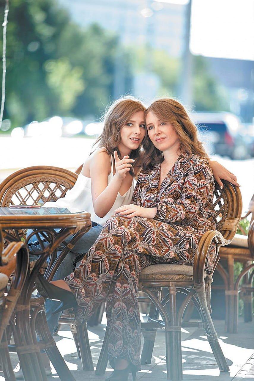 8 красивых мам знаменитостей