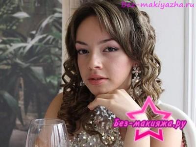 анора без макияжа фото