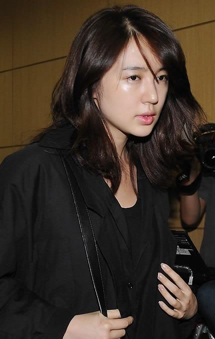 щедро делятся корейские звезды без макияжа фото скул